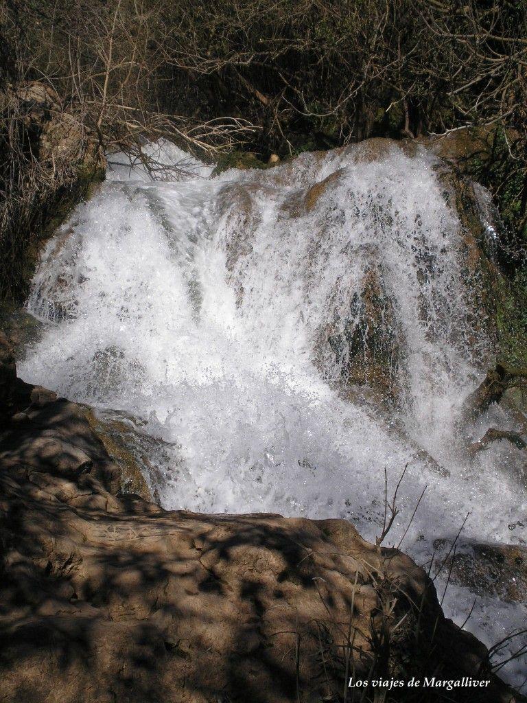 Cascada del Martinete, en la sierra norte de Sevilla - Los viajes de margalliver
